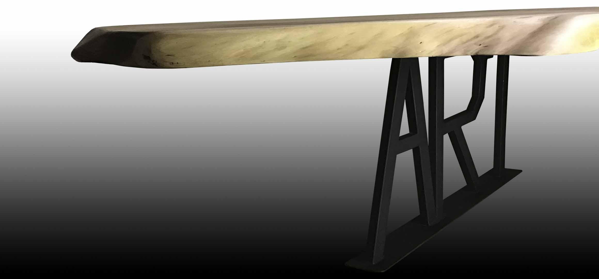 Art live edge table