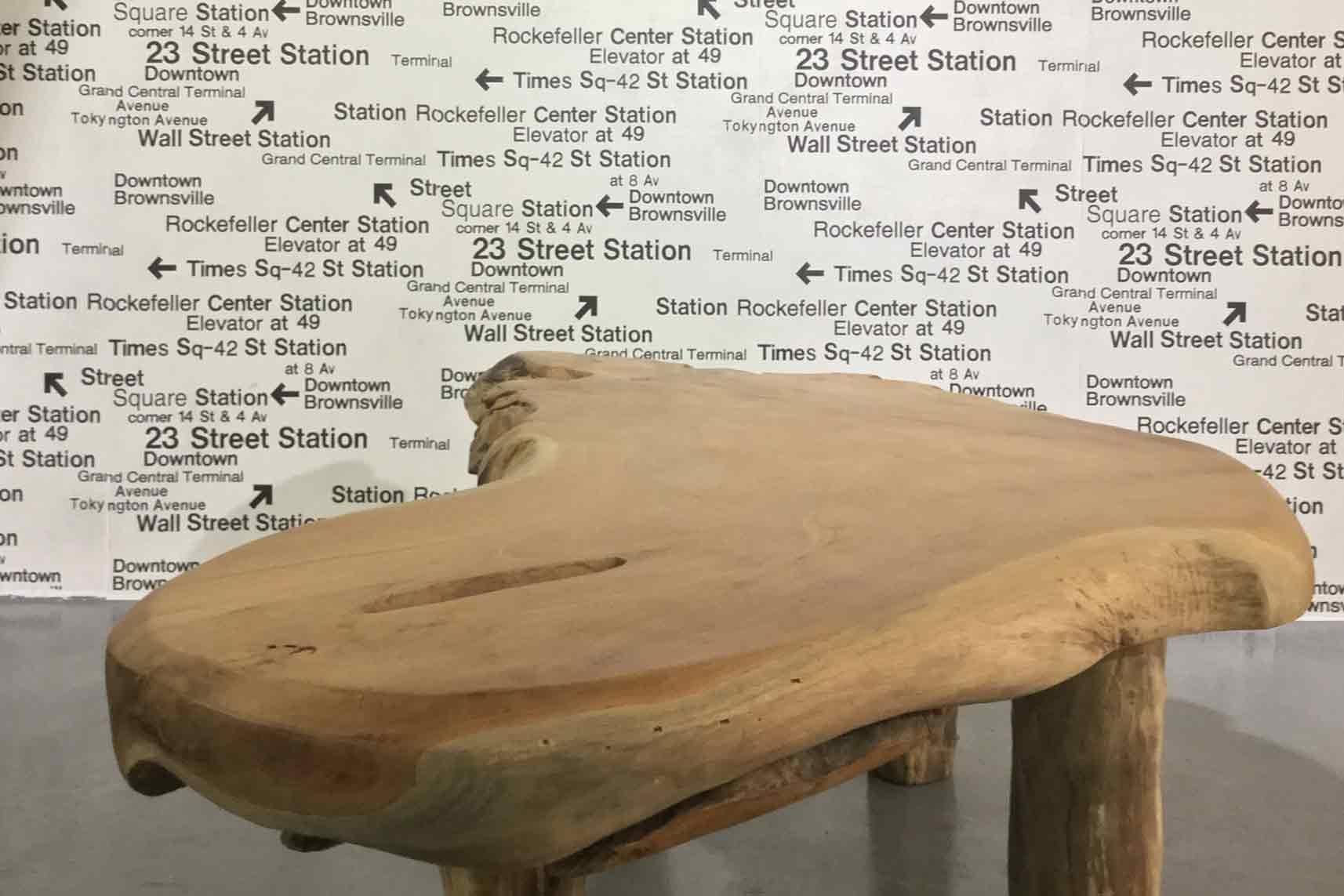 Hargardere teak table