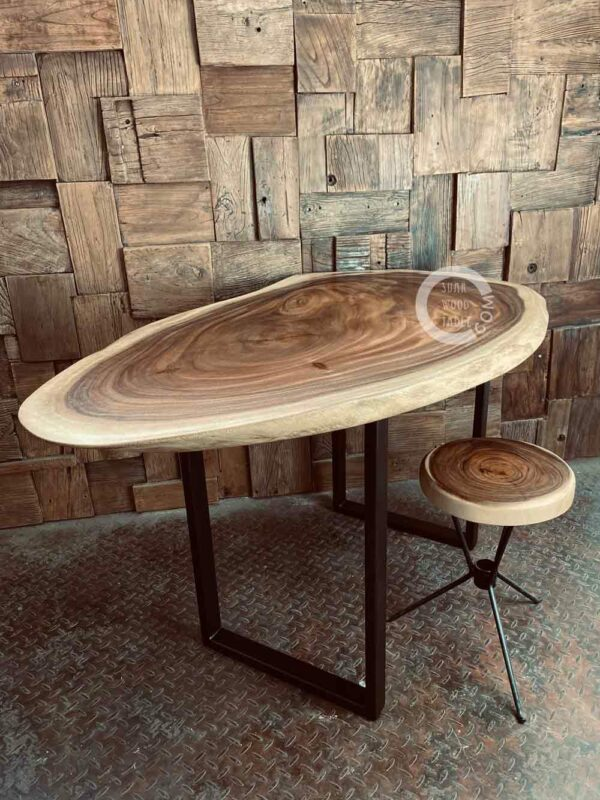 Live-edge-wooden-dining-table-3