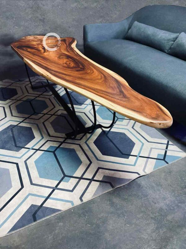 Wooden-bench-coffee-table-4